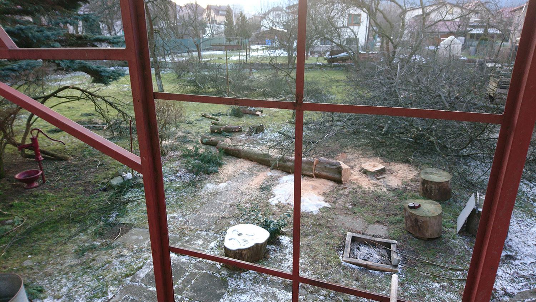 - výškové práce - arboristika, spiľovanie rizikových stromov - úprava záhrad - štiepkovanie drevnej hmoty | výškové práce