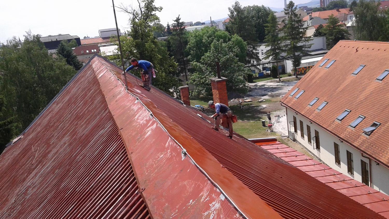 Náter strechy výškové práce | výškové práce
